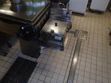 Image of deep fat fryer in galley in use and not installed as per SOLAS II 2 reg 10.6.4