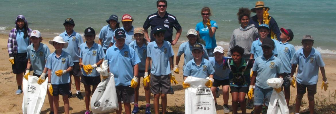 Beach clean-up activity with year 5/6 students from the Our Lady of the Sacred Heart Primary School