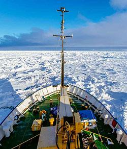 Image of the Akademik Shokalskiy beset by ice