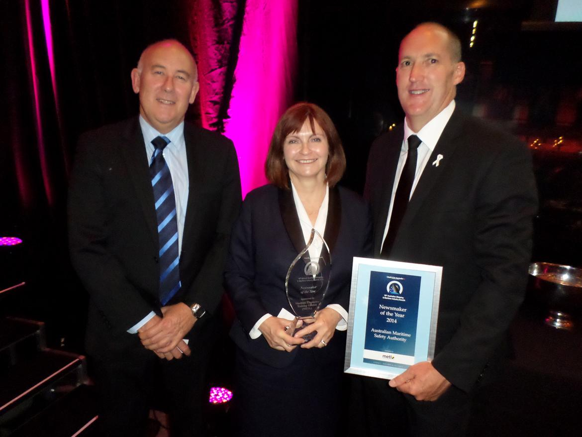 David Penny, Manager Ship Safety – East & North; Jennifer Clark, AMSA Board Member; and Allan Schwartz, General Manager Ship Safety Division with AMSA's Newsmaker of the Year awar