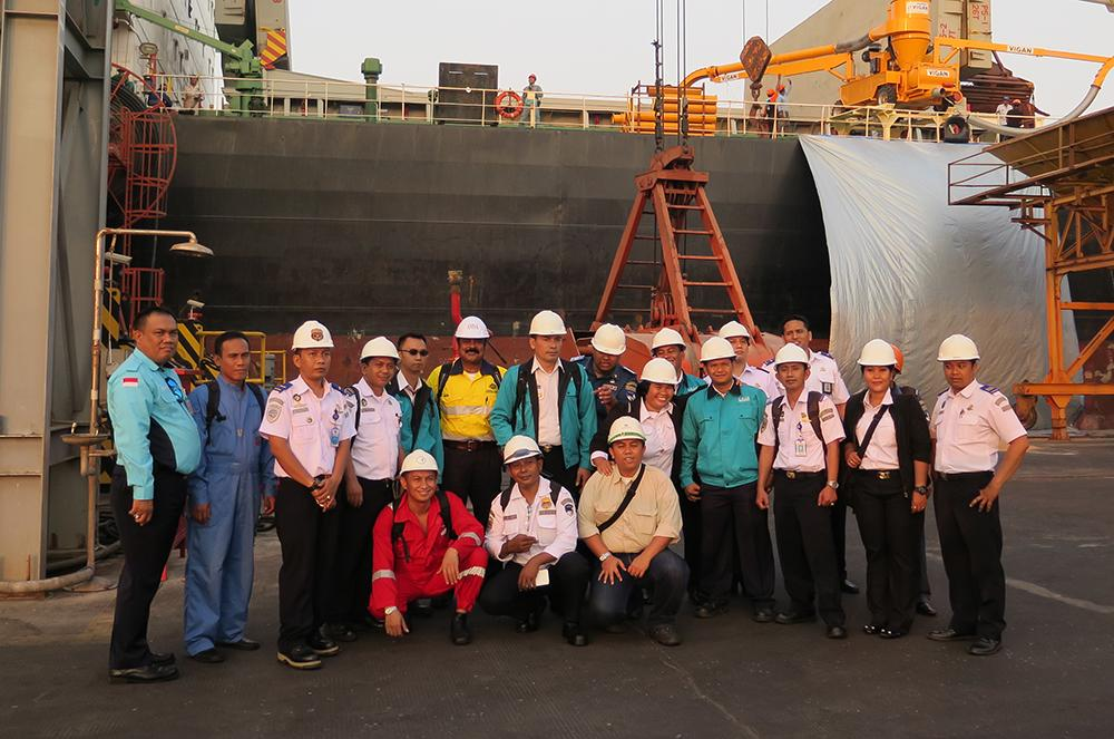 AMSA Marine Surveyor Ajay Rana with course participants, Gresik