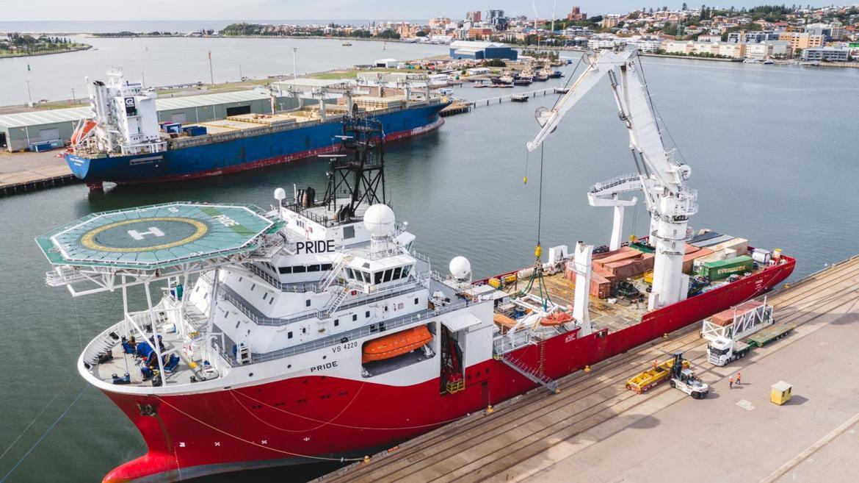 The recovery vessel MV Pride