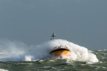 weathertight vessel